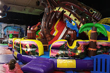 Arnold's Family Fun Center, Oaks, United States