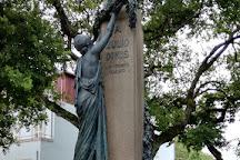 Monumento a Julio Dinis, Porto, Portugal