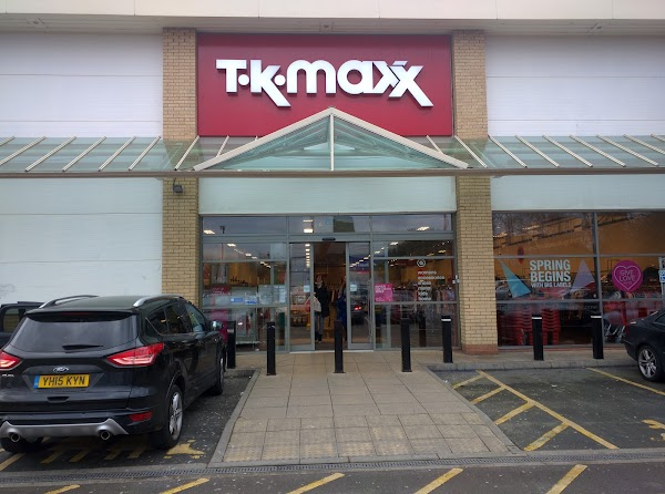 tk maxx charlton 1a peninsula retail park bugsby way london se7 7tz uk tk maxx charlton 1a peninsula retail