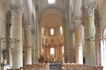 Eglise de Saint-Nectaire, Saint-Nectaire, France