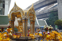 Erawan Shrine (Thao Mahaprom Shrine), Bangkok, Thailand
