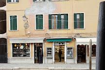 Neropaco di Cenedese Monica, Murano, Italy