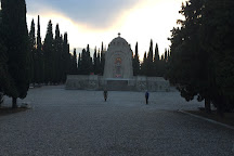 Zeitenlik, Ampelokipoi, Greece