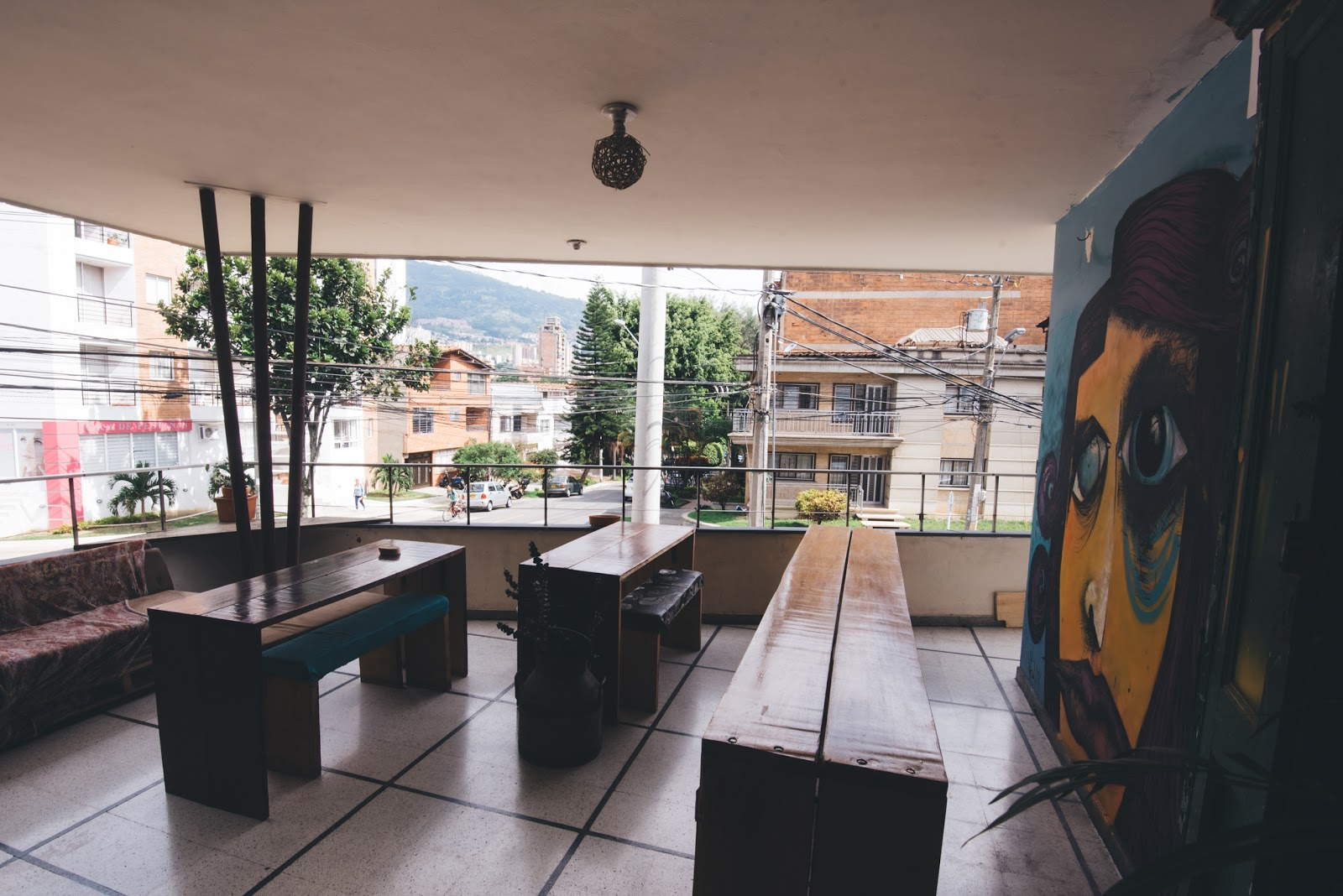 Café Ondas: A Work-Friendly Place in Medellin