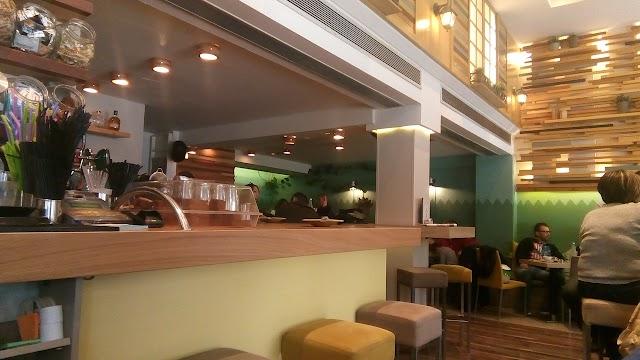 AZZOURO CAFE
