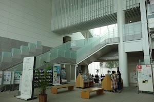 アートフォーラムあざみ野(男女共同参画センター横浜北)
