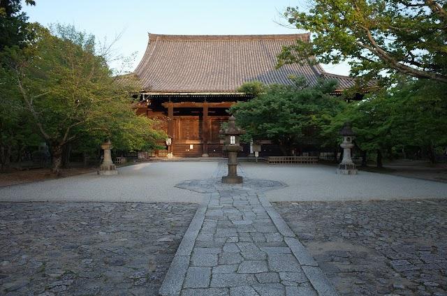 Shinnyodo Temple Hondo