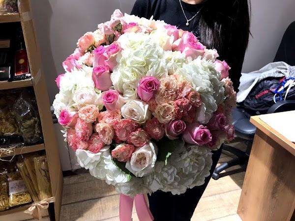 Букет подарок, заказать цветы в астане жирентаева