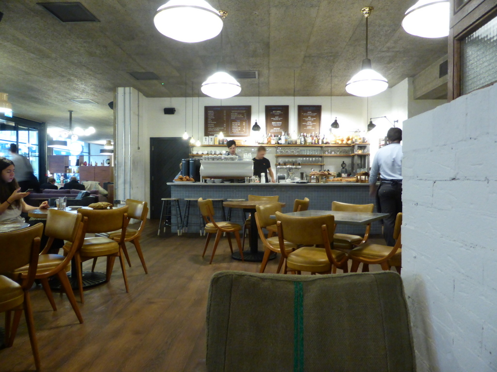 Hubbard & Bell: A Work-Friendly Place in London