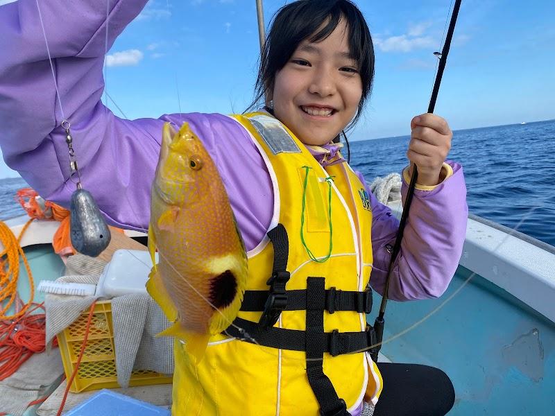 糸満 遊漁船 前田丸