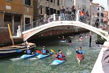 Ponte dei Pugni, Venice, Italy