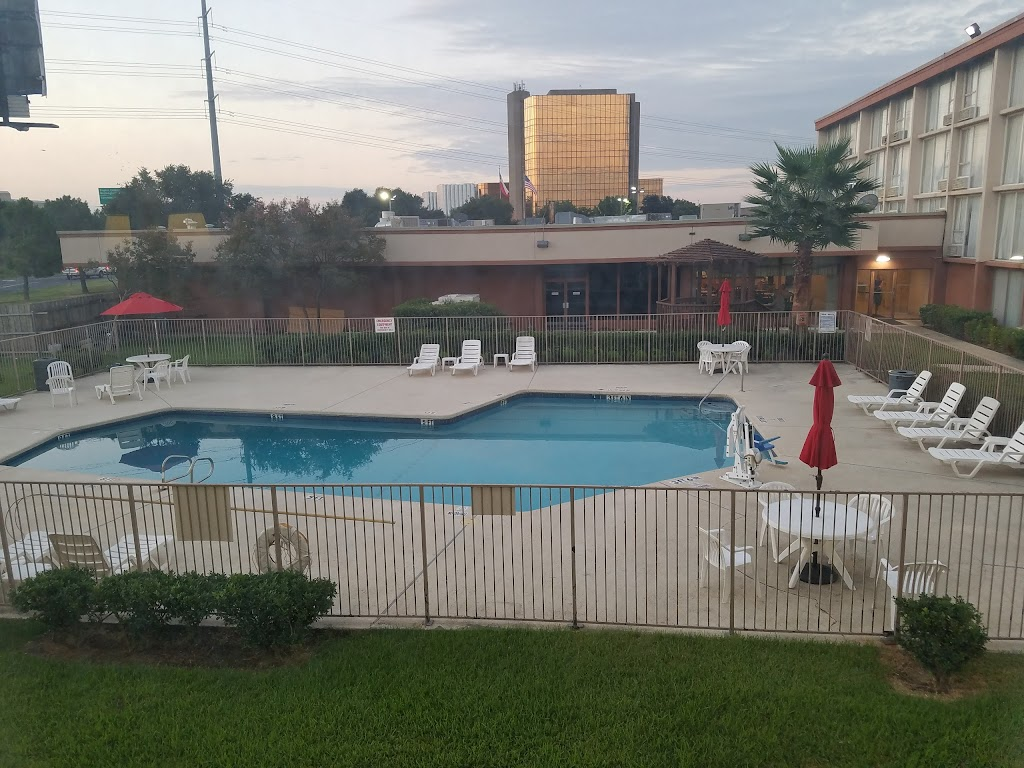 Ramada Inn Dallas Love Field Airport
