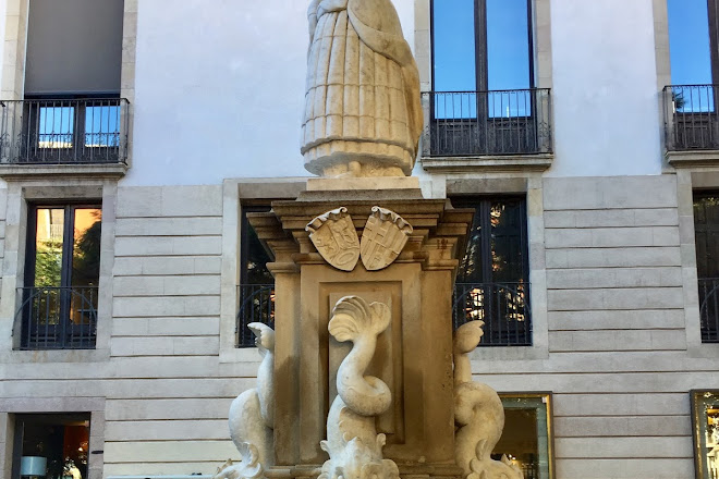 Fuente de la Maja Madrilena, Barcelona, Spain