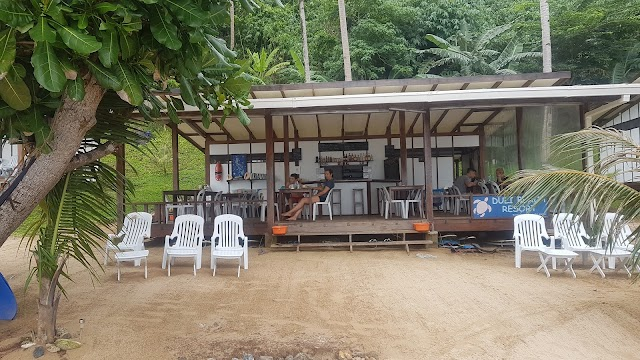 Calitang Pearl Lodge Beach & Cottages