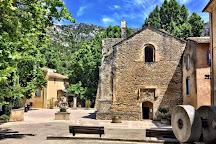 La Fontaine de Vaucluse, Provence-Alpes-Cote d'Azur, France