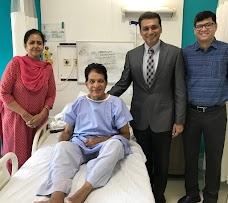 Dr Jayant Arora-- Gurgaon Knee & Shoulder Clinic