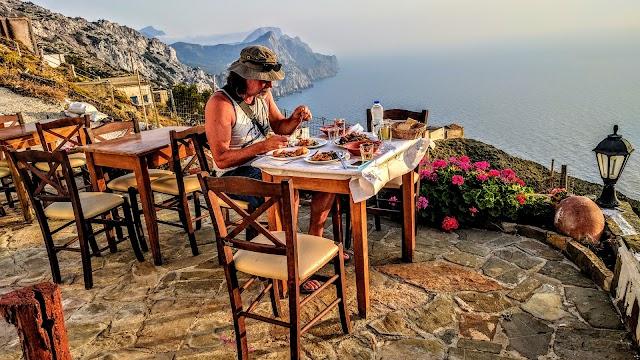 Milos Taverna Karpathos