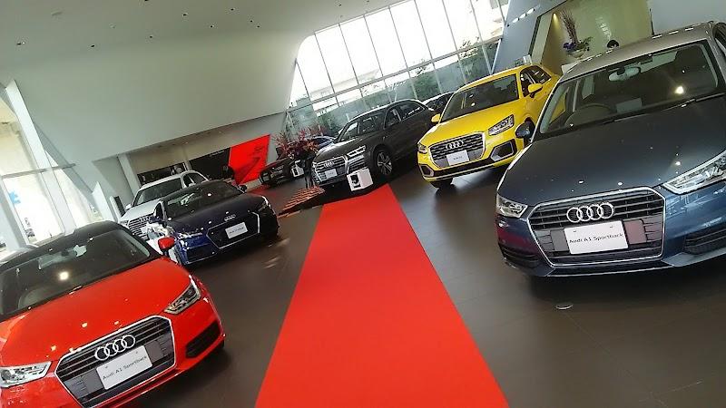 Audi 高松