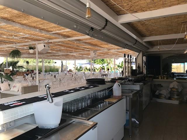 Baiana Restaurant & Beach Club