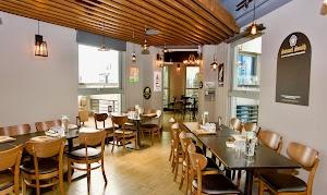 ABV Bar & Kitchen 閣樓餐酒館-頂樓景觀餐廳-義大利麵 歐陸料理(板橋府中店)