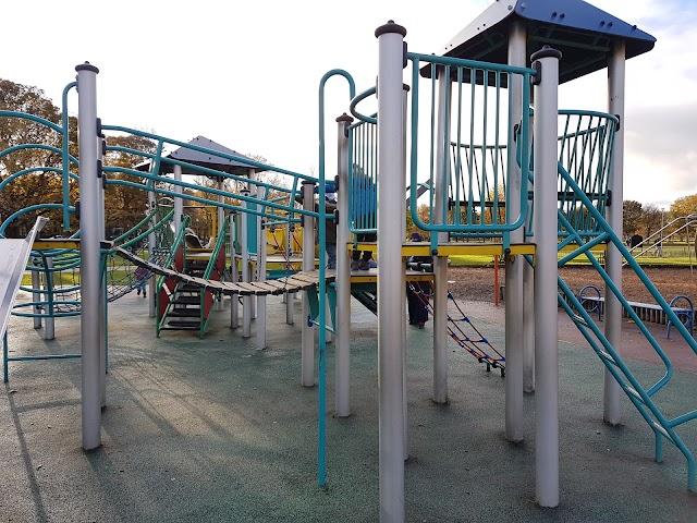 East Meadows Play Park