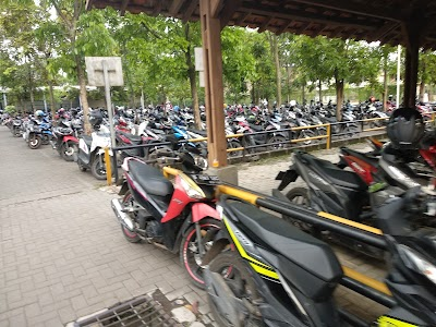 Parkir Motor Fakultas Teknik Telkom University