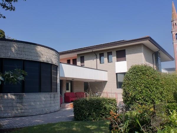Casa di soggiorno per anziani villa vittoria san polo di for Soggiorno anziani