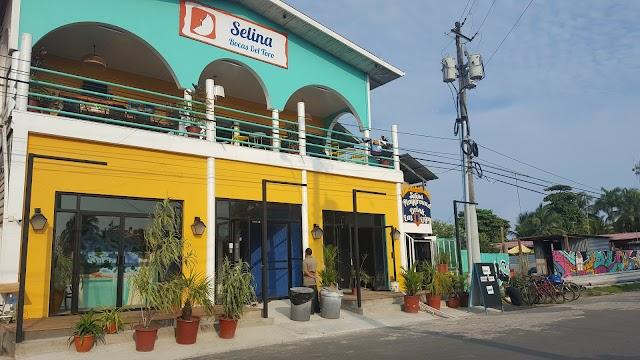 Selina Bocas del Toro