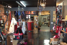 Dry Canyon Collectables, Drumheller, Canada