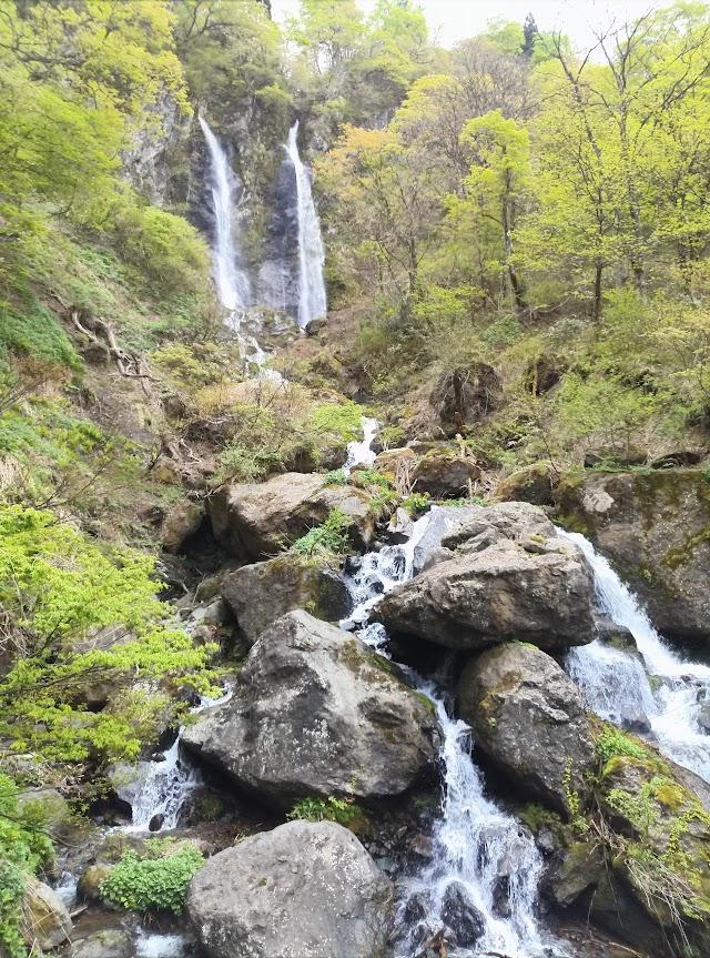 Meoto Falls