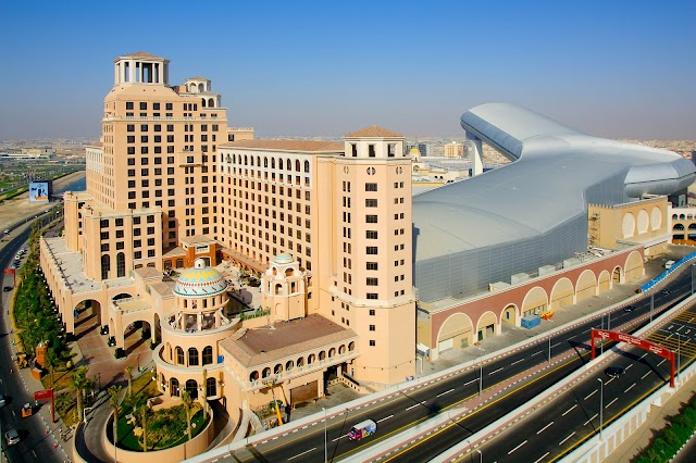 IBIS & SUITE NOVOTEL MALL OF THE EMIRATES DUBAI UAE
