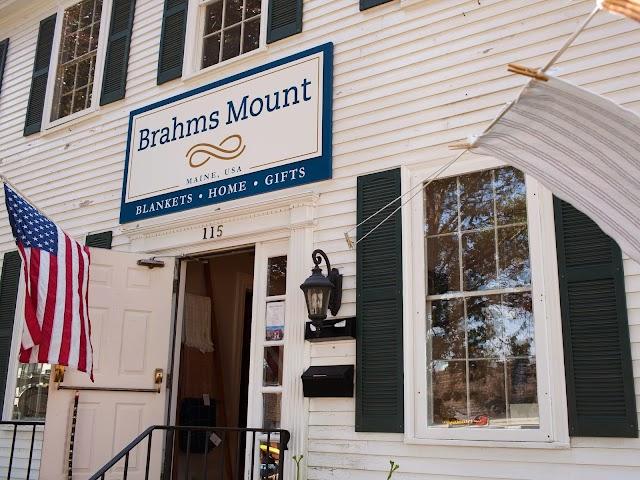 Brahms Mount
