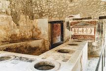 Guide Pompei, Pompeii, Italy