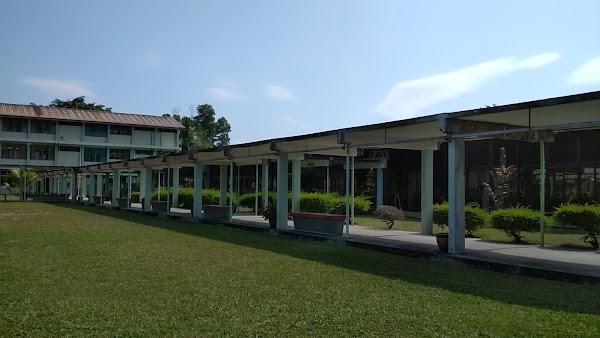Sekolah Menengah Sains Perempuan Seremban 60 6 763 3561 Jalan Tungku Kurshiah Kolej Tunku Khursiah 70400 Seremban Negeri Sembilan Malaisia