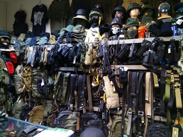Artykuly Militarne I Mysliwskie Camouflage Buty I Mundury 27 Grudnia 7 61 737 Poznan Polska