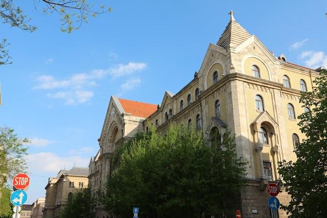 Pest Central District Court