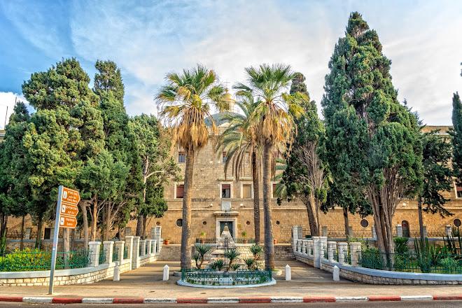 Visit Stella Maris Lighthouse and Carmelite Monastery on
