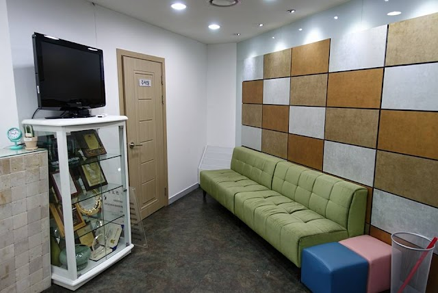 Gwanghwamun Kyunghee Clinic
