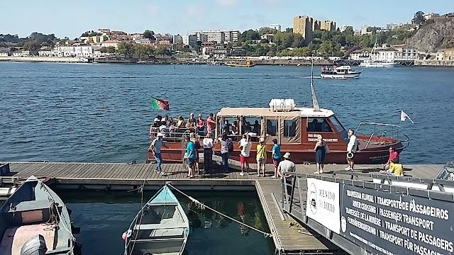 Ferry para Afurada