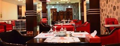 مطعم مستر بيكر