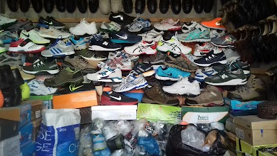 Haji Markhan Shoe Store