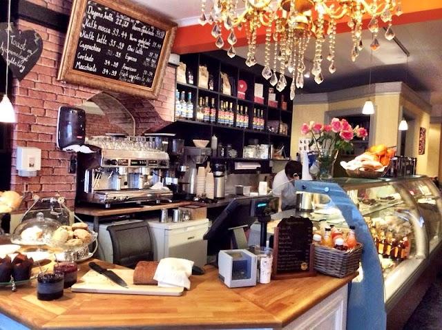 Taj Kaffe & Chai Hus