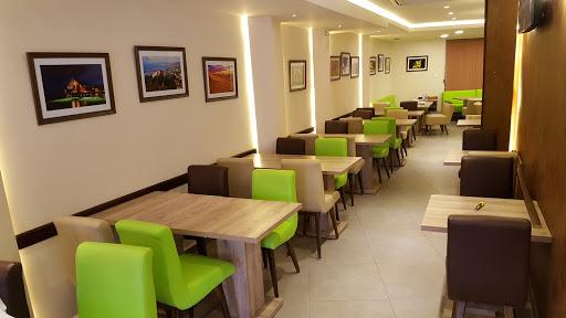 Cedrus Cafe Resto