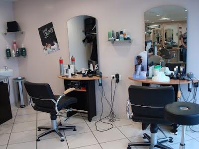 salon coiffure homme sofiane et mohamed, Relizane, Algeria