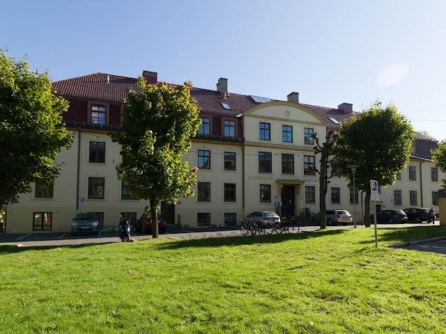 Bjørknes College