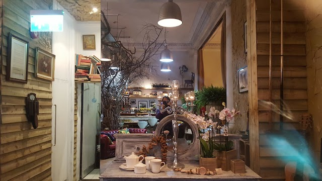 Cafe Naz