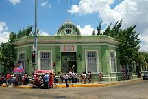 Parque de Santiago, Merida, Mexico