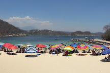 Playa La Entrega, Huatulco, Mexico
