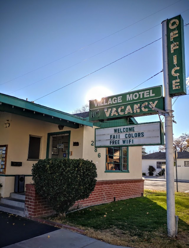 Bishop Village Motel