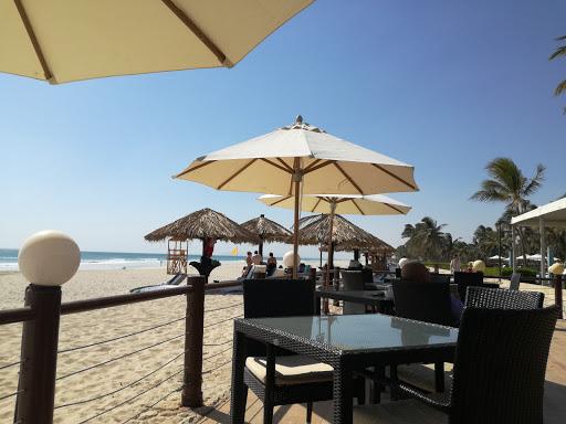 Dolphin Beach Restaurant